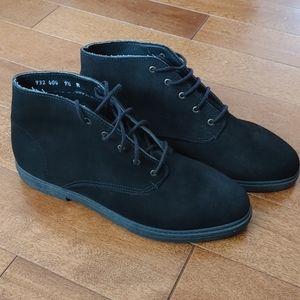 Vintage Cougar Suede Desert Ankle Boots Size 9.5